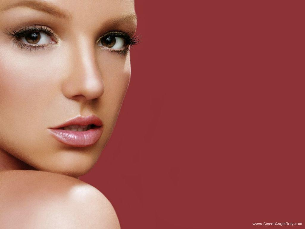 Britney Spears Cute Wallpapers Britney Spears Wallpapers 1600x1440 Celebrity Woman Pictures