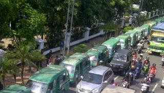 Ribuan Polisi Siap Kawal Aksi Mogok Sopir Angkot di Bandung 10-13 Oktober 2017