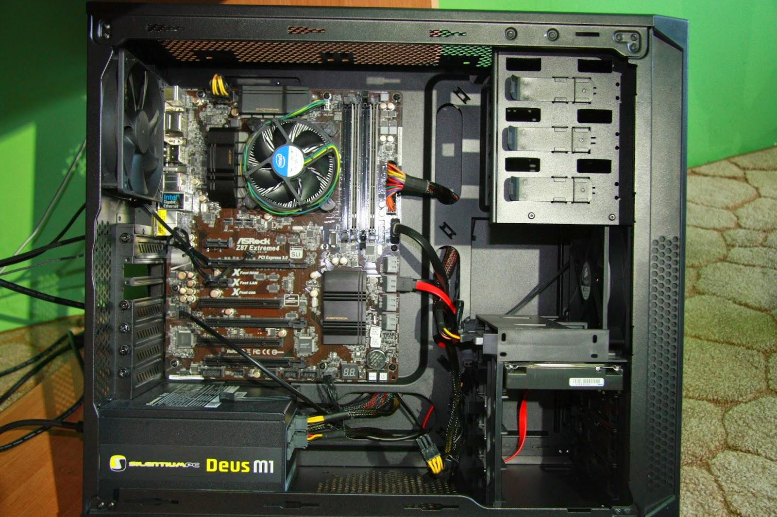 Komputer z zamontowanym boxowym chłodzeniem Intela