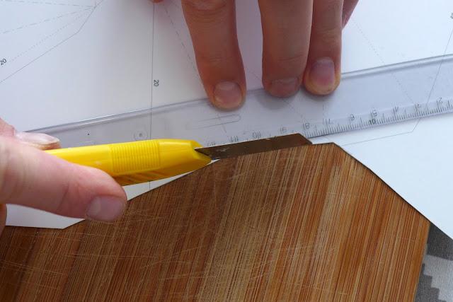 Papierowy model poroża jelenia wycinanie