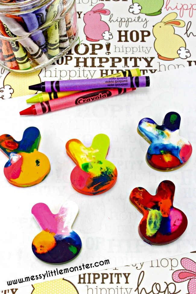 How to make homemade crayons. Follow these easy instructions to recycle broken crayons into fun shaped crayons. A simple DIY and fun gift idea for toddlers and preschoolers as well as older kids. 'Knuffle Bunny' book activity idea.