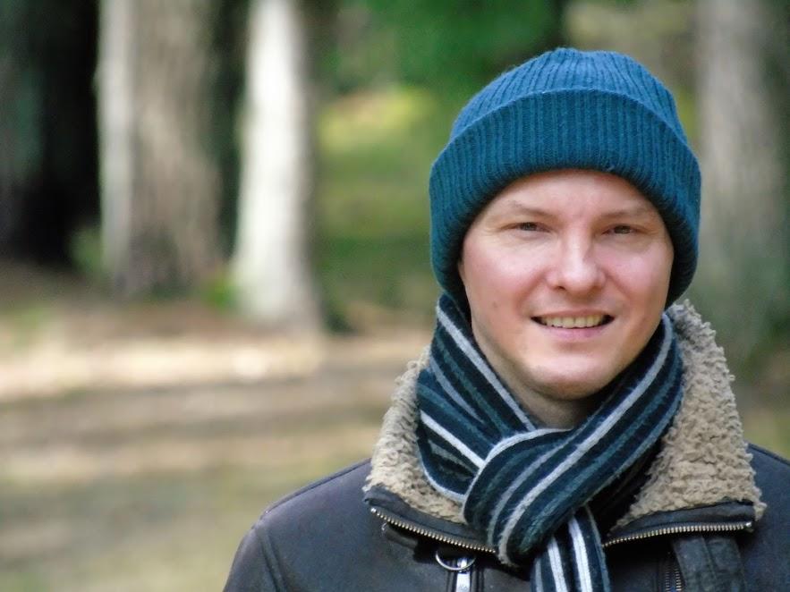 Forest Blackwood Autor Wojny Światła i Ciemności - pisarz, zdjęcie autora