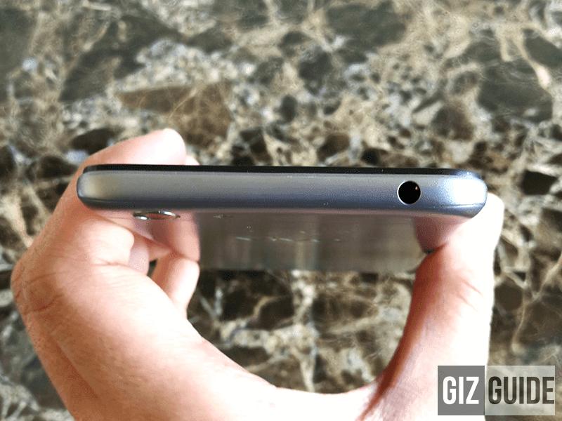 Headphone slot on top