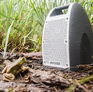 Kicker Bullfrog Jump Bluetooth speaker Ready for the Outdoors