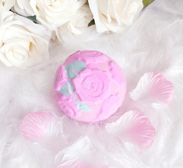 Lush Cosmetics | Rose Bombshell Bath Bomb