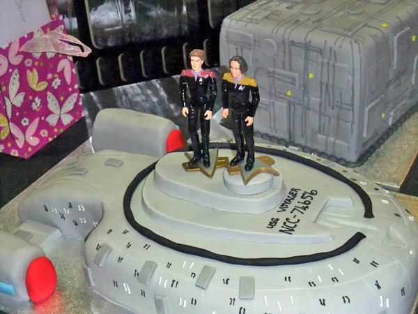 star trek themed wedding cake sphere 41 trek wedding cakes 20499