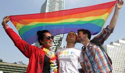 komunitas LGBT saat aksi di Jakarta Car Free Day