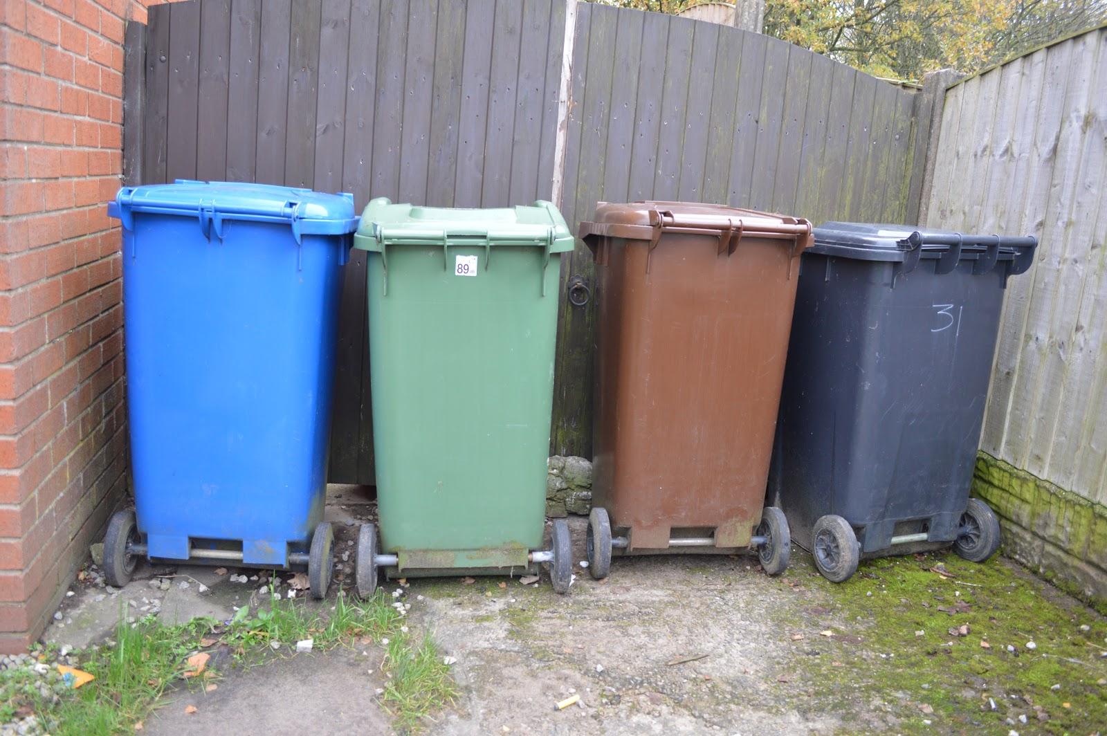 gareth fairhurst blog residents angry at 3 weekly bin. Black Bedroom Furniture Sets. Home Design Ideas
