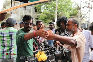 Enakku Vaaitha Adimaigal Tamil Movie Working Stills  0005.JPG