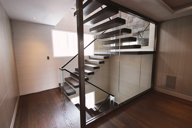 Install a Spiral Staircase to Enhance the Ambience of Your House