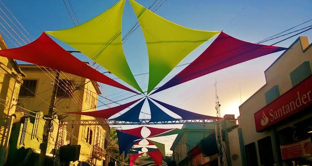 Bananal terá decoração com malhas tensionadas sobre avenida do Carnaval.