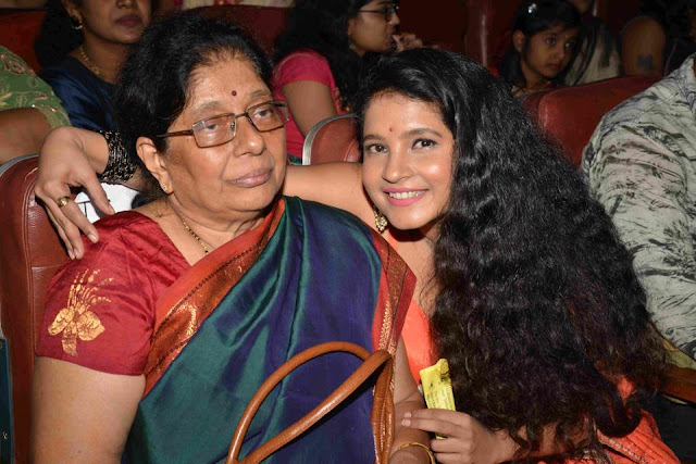 Shubha Poonja with her mother