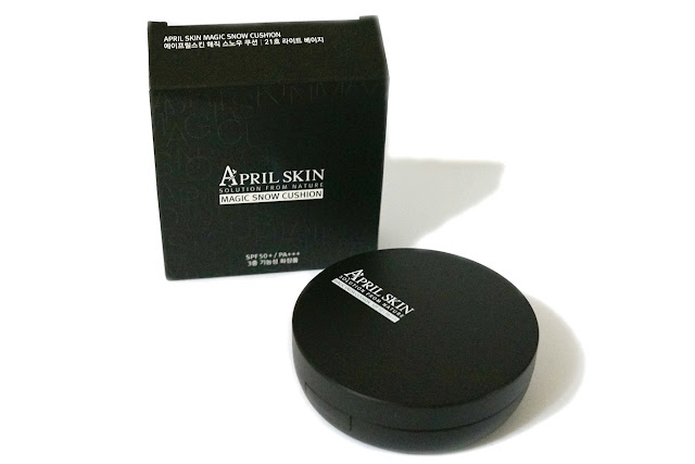 April Skin Magic Snow Cushion SPF50+ in #21 Light Beige
