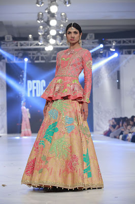 ali-xeeshan-bridal-wear-collection-at-pfdc-l-oreal-paris-bridal-week-2016-14