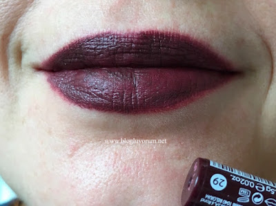 Golden Rose Velvet Matte 29 Swatch