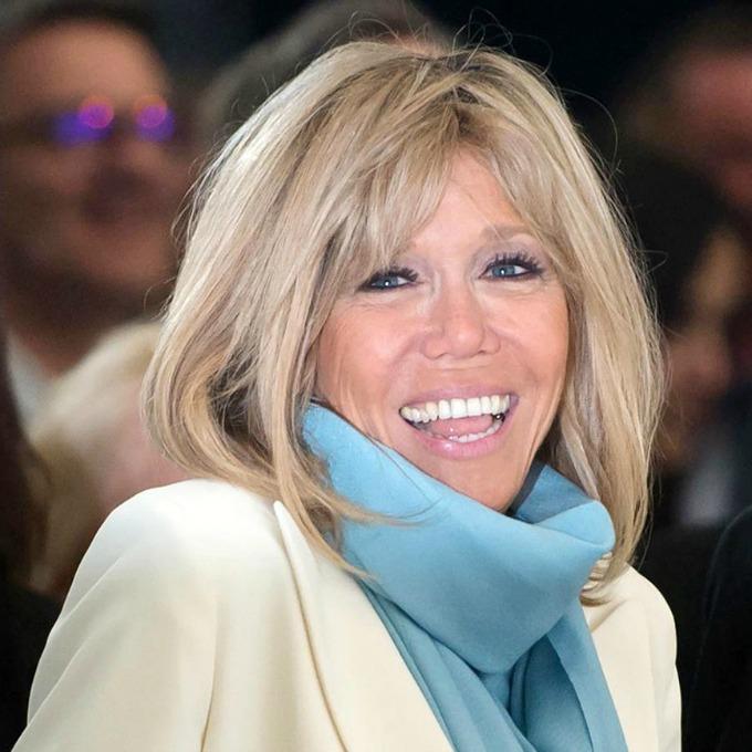Moda para mulheres com 50 anos ou mais - Brigitte Macron