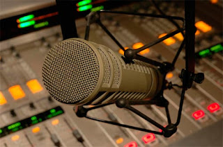 Resultado de imagem para horario eleitoral 2016 microfone