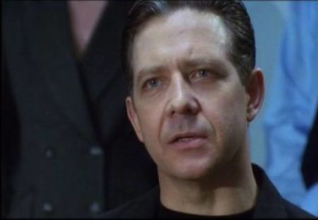Philip Quast in Ultraviolet