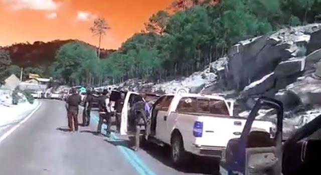 !Al ver los federales ´Aviéntense bonito´ dijo El Lazca – el que caiga tiene segura la manutención..¡