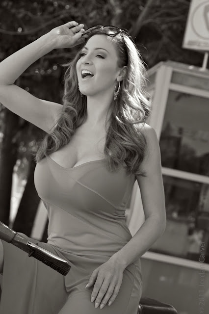 Jordan-Carver-vespa-motorcycle-photo-shoot-hd-10