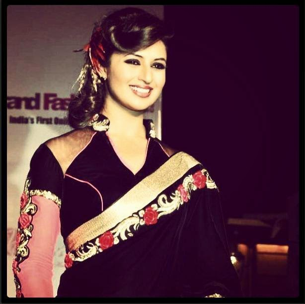 Ishita Bhalla In Saree.jpg