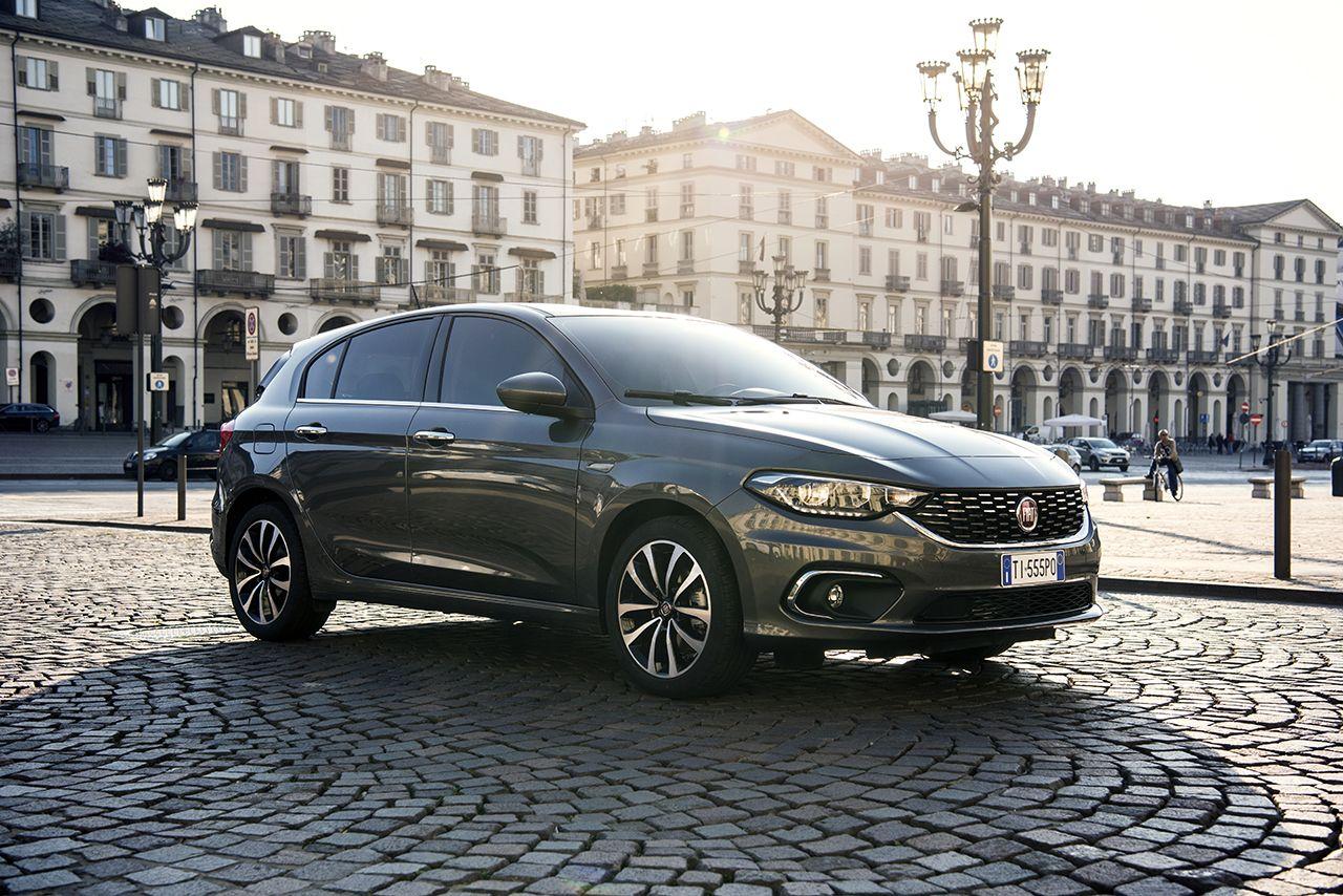 Το νέο Tipo με κορυφαίο εξοπλισμό, ανταγωνιστικό επιτόκιο 2,9% και 5 χρόνια εγγύηση, και όφελος αγοράς 3.200 ευρώ
