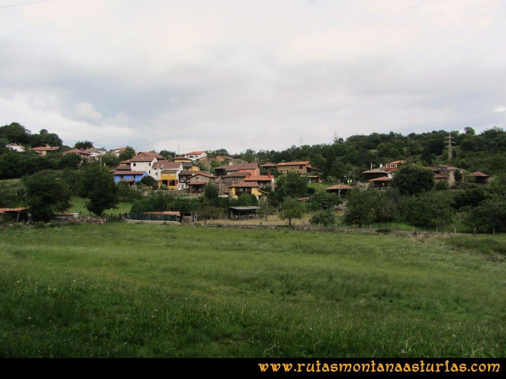 Ruta Cascadas Guanga, Castiello, el Oso: Llegando a Perlavia