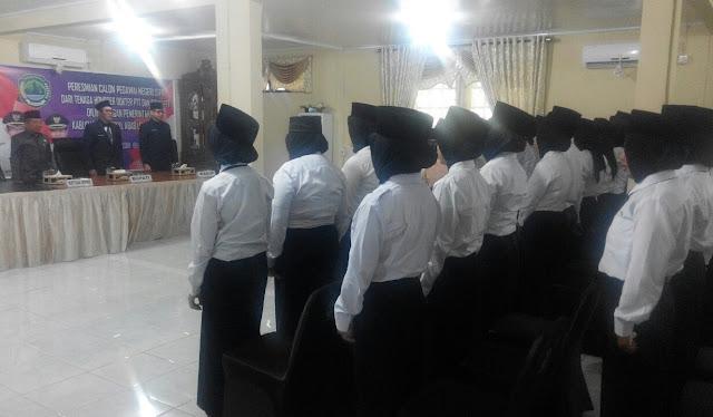 Pemkab PALI Angkat 26 PTT Sebagai CPNS Dokter dan Bidan