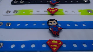 bracciali braccialetti Superman in 3D silicone atossivi personalizzati personalizzati gadgets fine festa compleanno a tema bambini