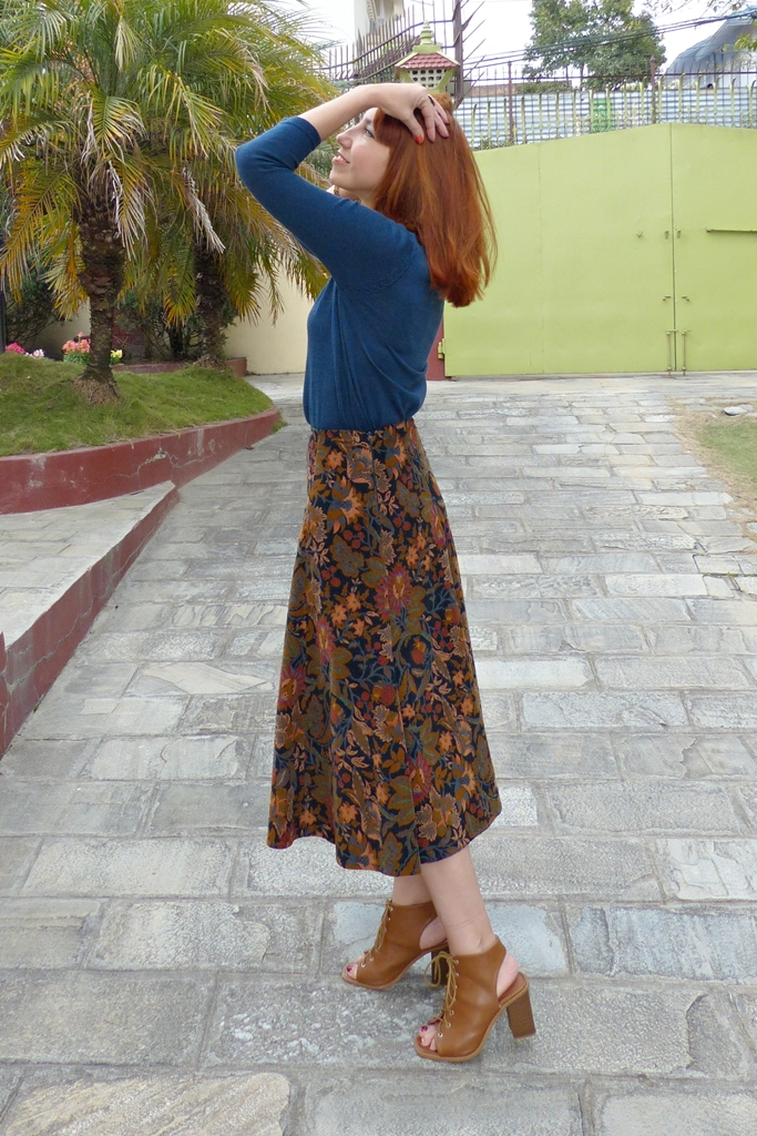 Patterned corduroy high waste skirt
