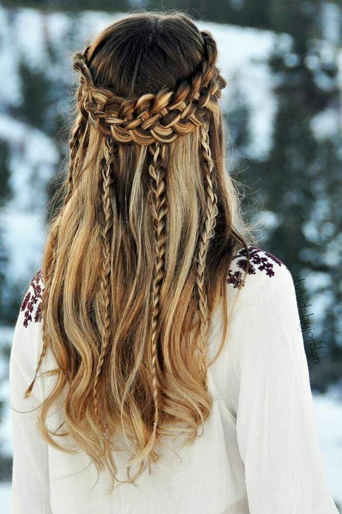 Elegant winter fall hairstyle