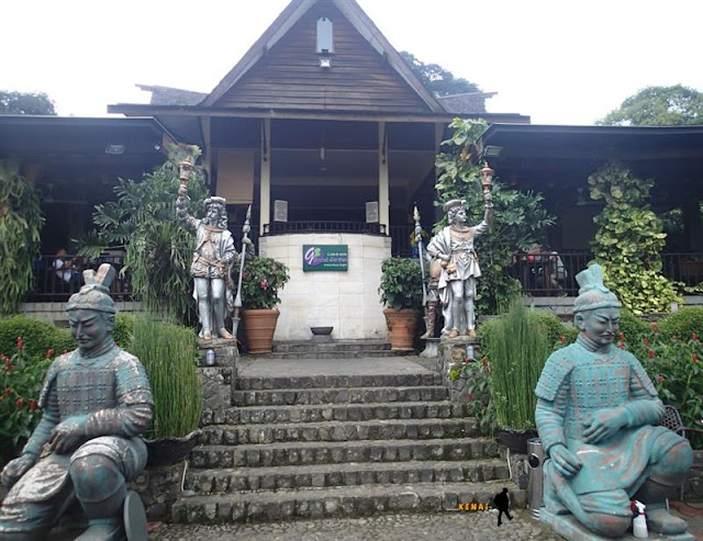 grand garden resto cafe, kebun raya, bogor