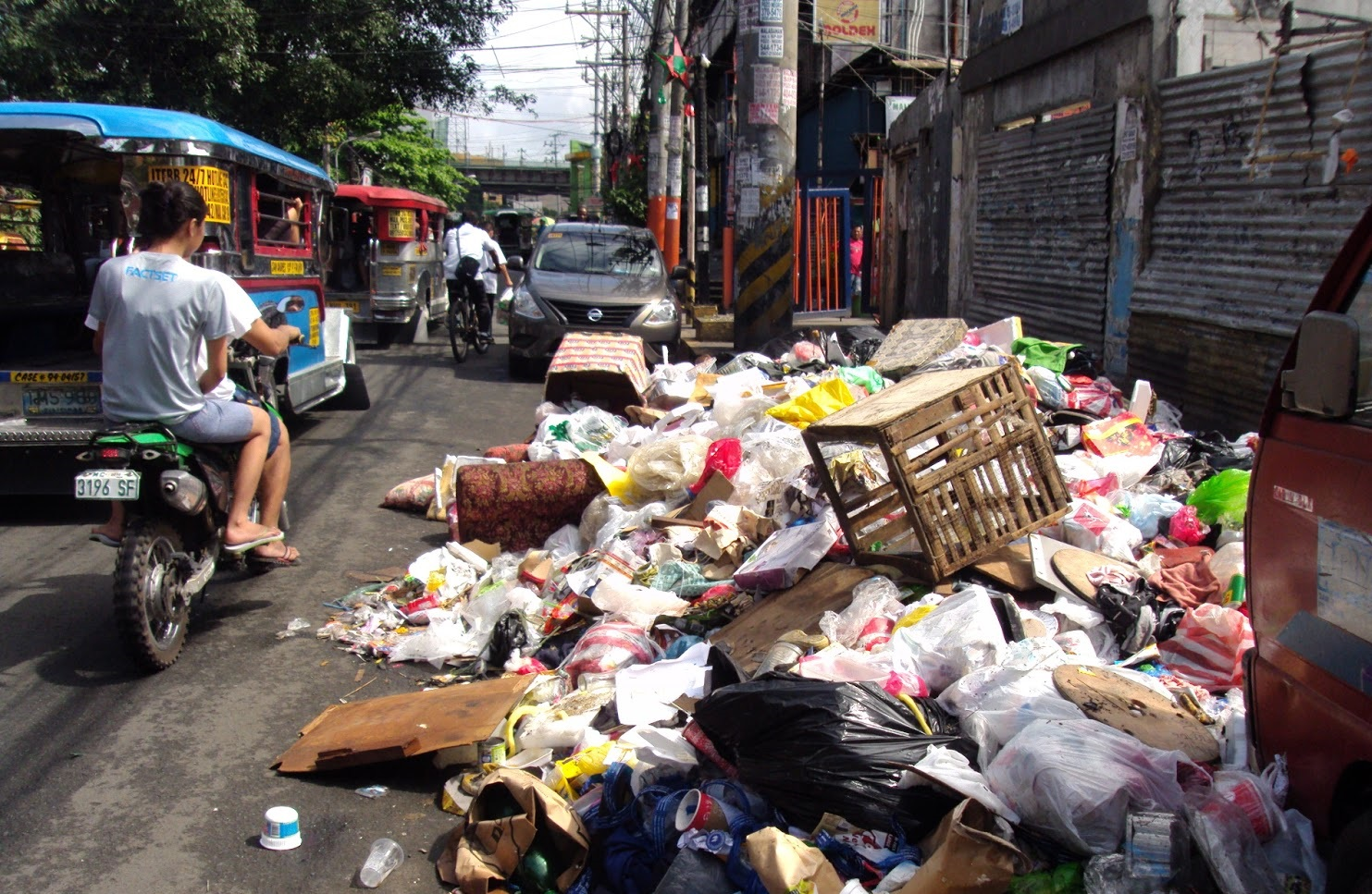 Pinoys' Lack Of Discipline: Our Stumbling Block To Progress