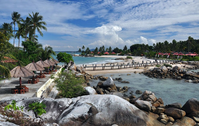 Pantai Parai Tenggiri – Bangka Belitung