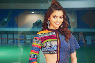 Urvashi Rautela at VIVO phone launch