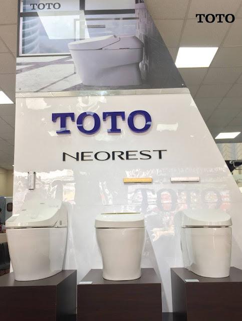 Cửa hàng kinh doanh thiết bị phòng vệ sinh Toto Nhật Bản 2019 mức giá thấp, chính hãng