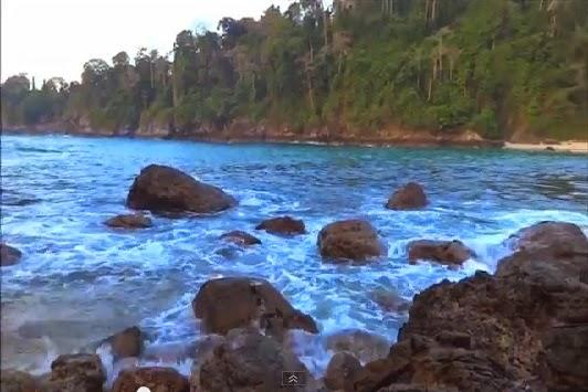 pantai indah dan tersembunyi