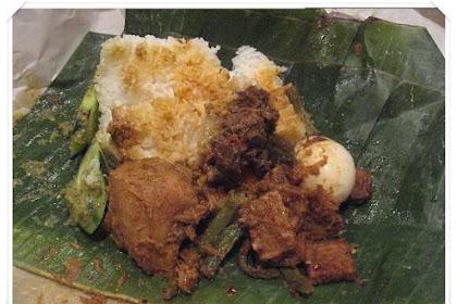Makan Nasi Padang