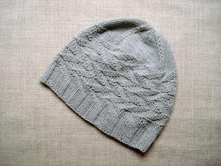 хлопковая шапка спицами