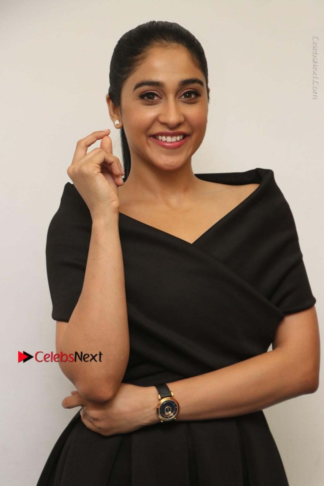 Regina Cassandra Photos in Beautiful Black Short Dress at Saravanan Irukka Bayamaen Tamil Movie Press Meet