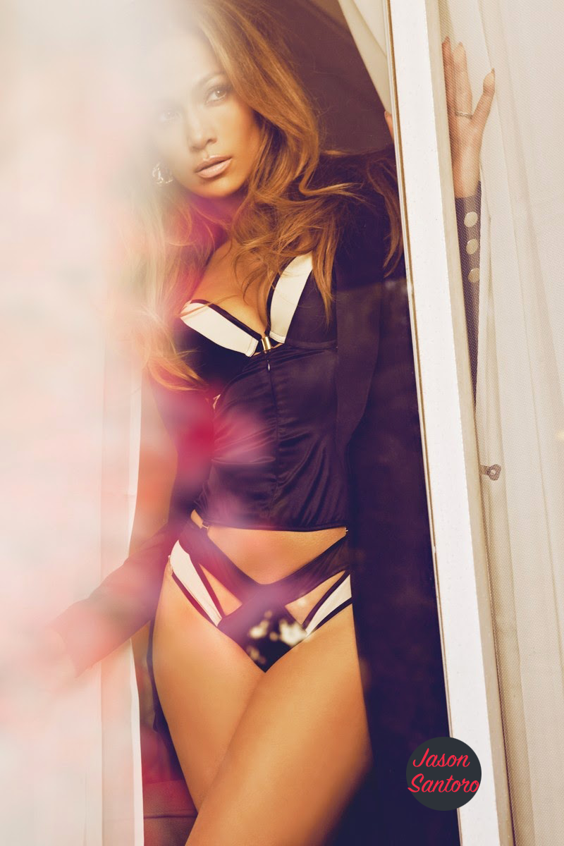 Jennifer Lopez Covers ComplexMagazine5 - Top 10 Celebrity Booty