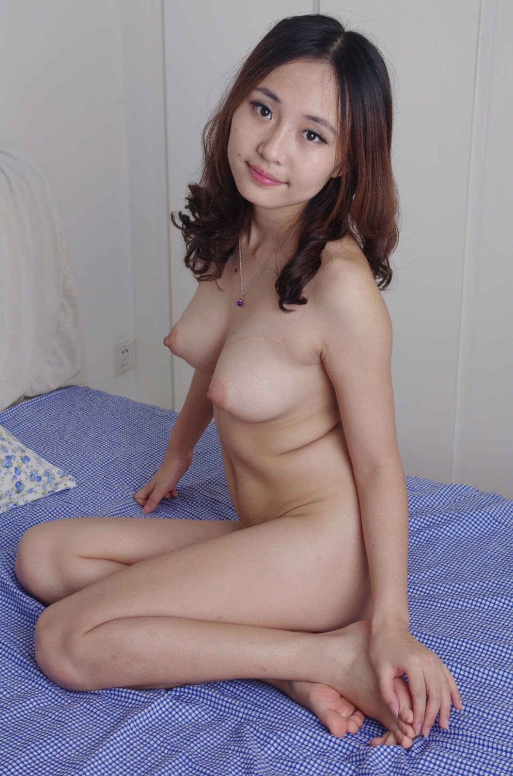 Cute asian nude