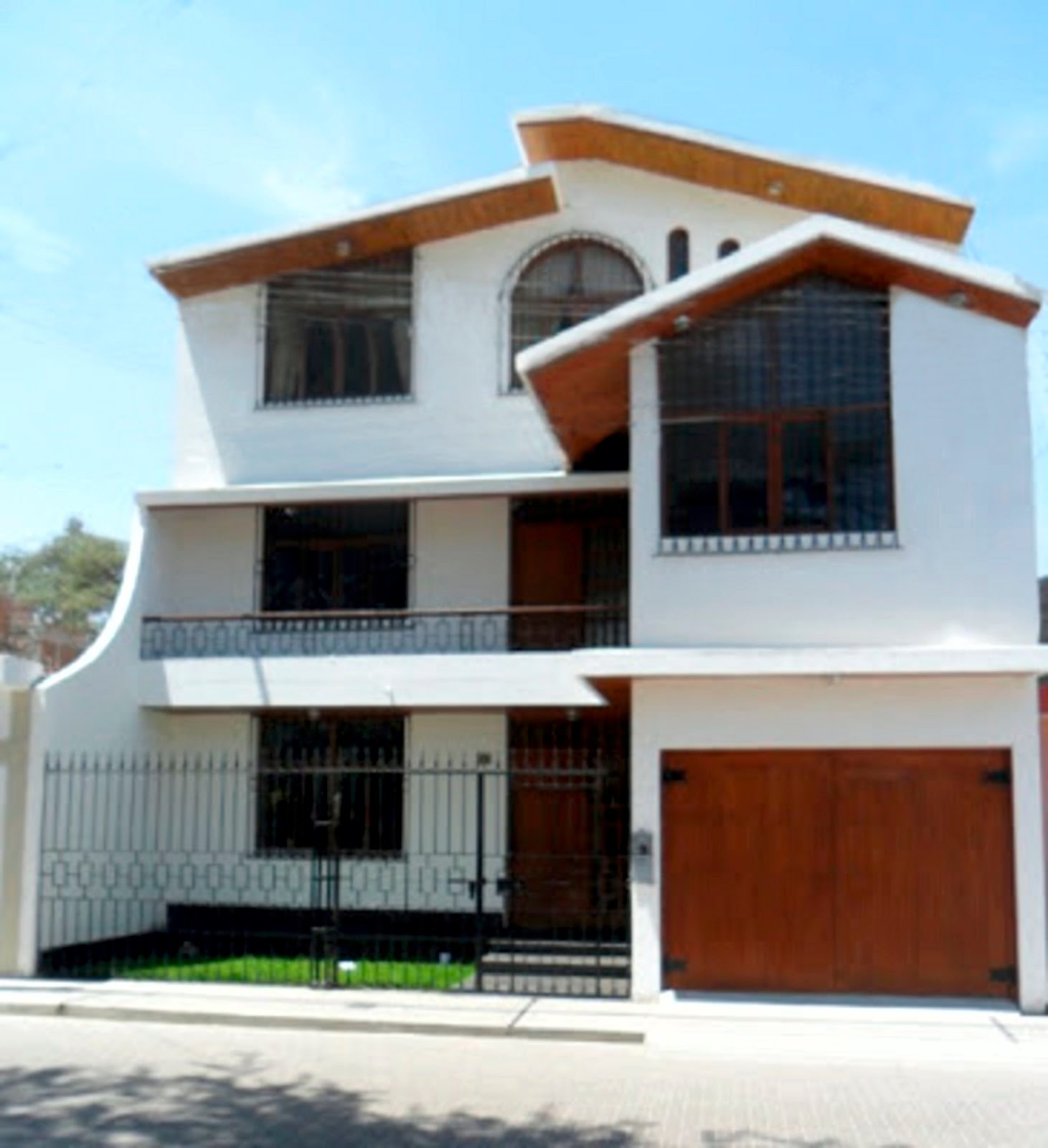 Fachadas y casas for Fachadas de casas de tres pisos