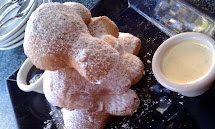Cupcakes Cookies - Disneyland Desserts