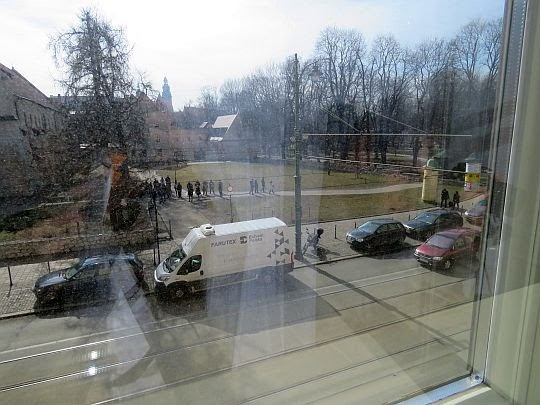 Widok z Okna Papieskiego na Franciszkańską.