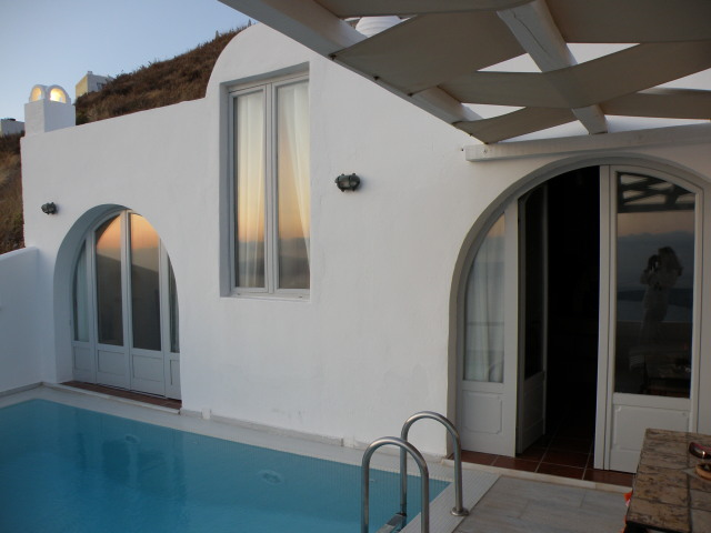 Agali Houses, Firostefani, Santorin: Sunset Suite mit privatem Pool
