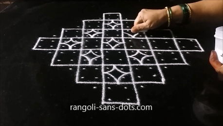 dots-and-lines-muggulu-1a.png
