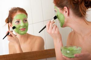 Masker Wajah Alami 100% Ampuh Untuk Kulit Kering dan Berminyak