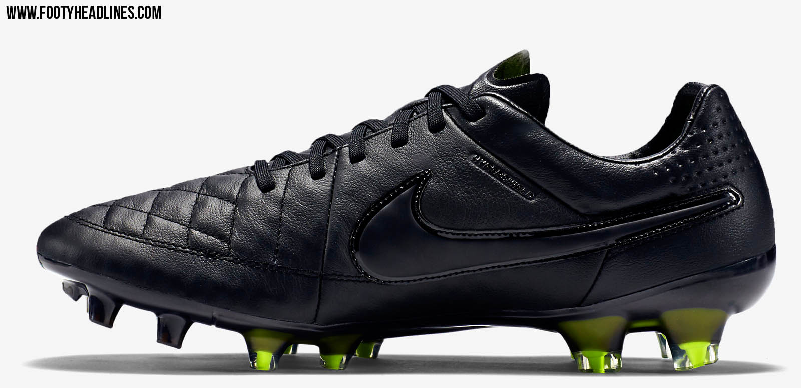 blackout reflective nike tiempo legend v 2015 boots. Black Bedroom Furniture Sets. Home Design Ideas