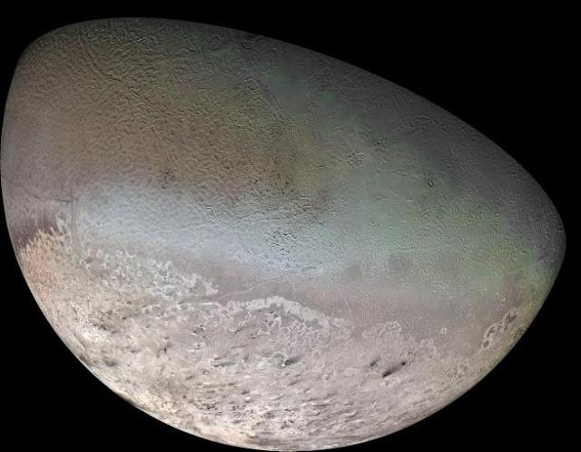 triton bulan terbesar planet neptunus